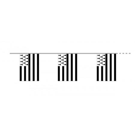 Guirlande Bretagne - 12 fanions 15 x 21 cm -  tissu - Long. 450cm
