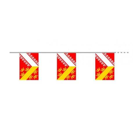 Guirlande Alsace armoiries - papier -( 12 fanions de 15 x 21 cm) Long. 500cm